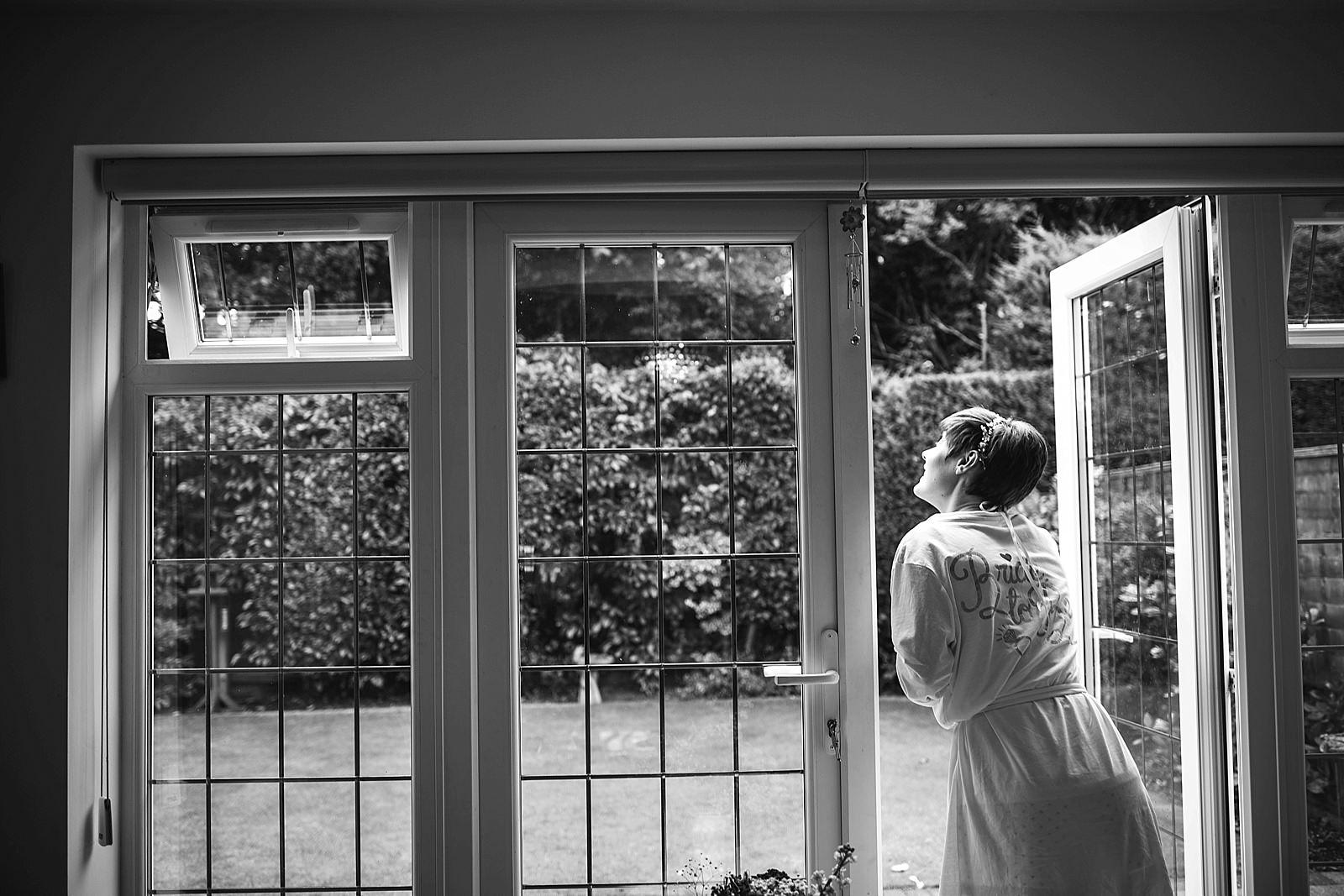 shustoke-barn-wedding-photography_0008