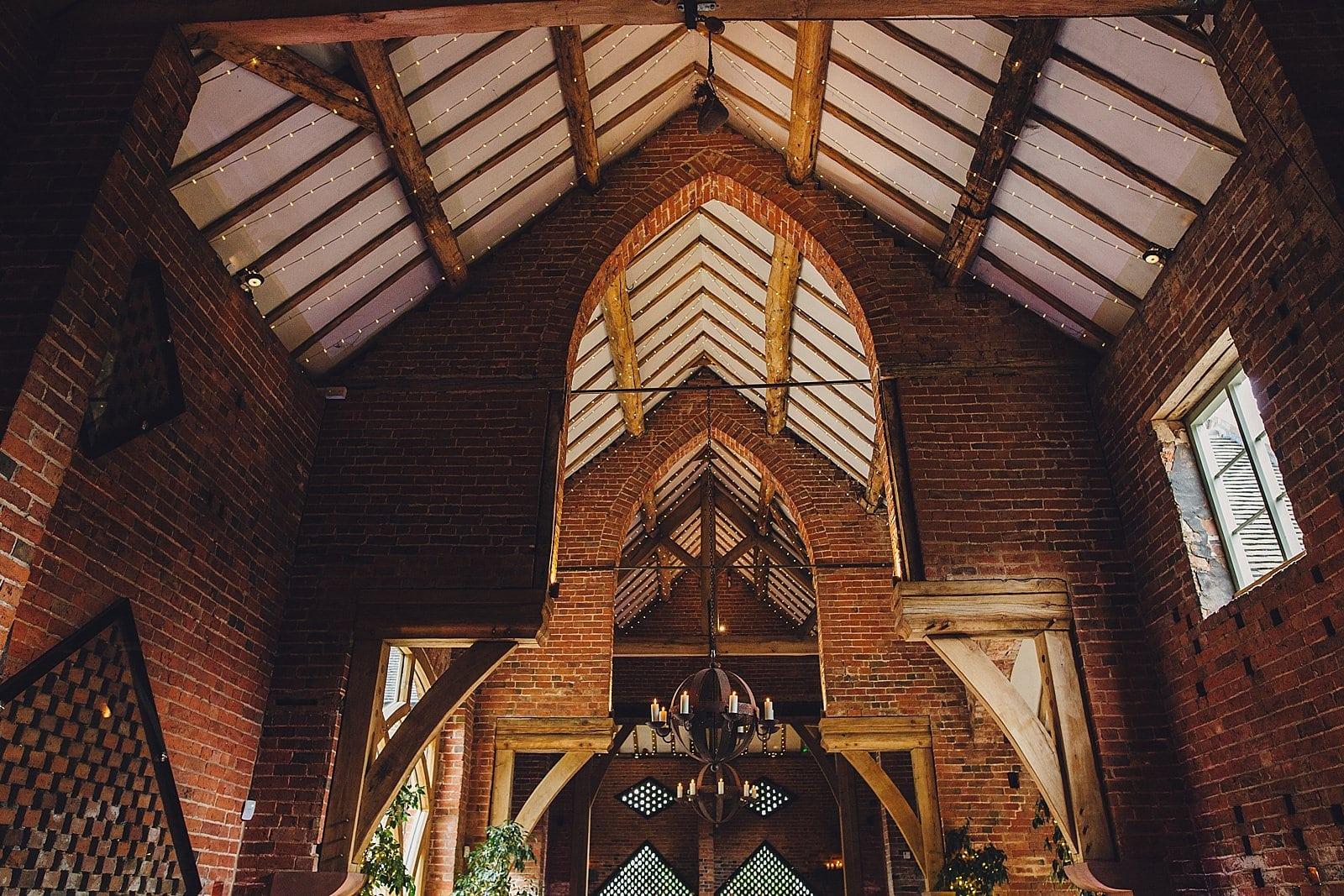 shustoke-barn-wedding-photography_0049