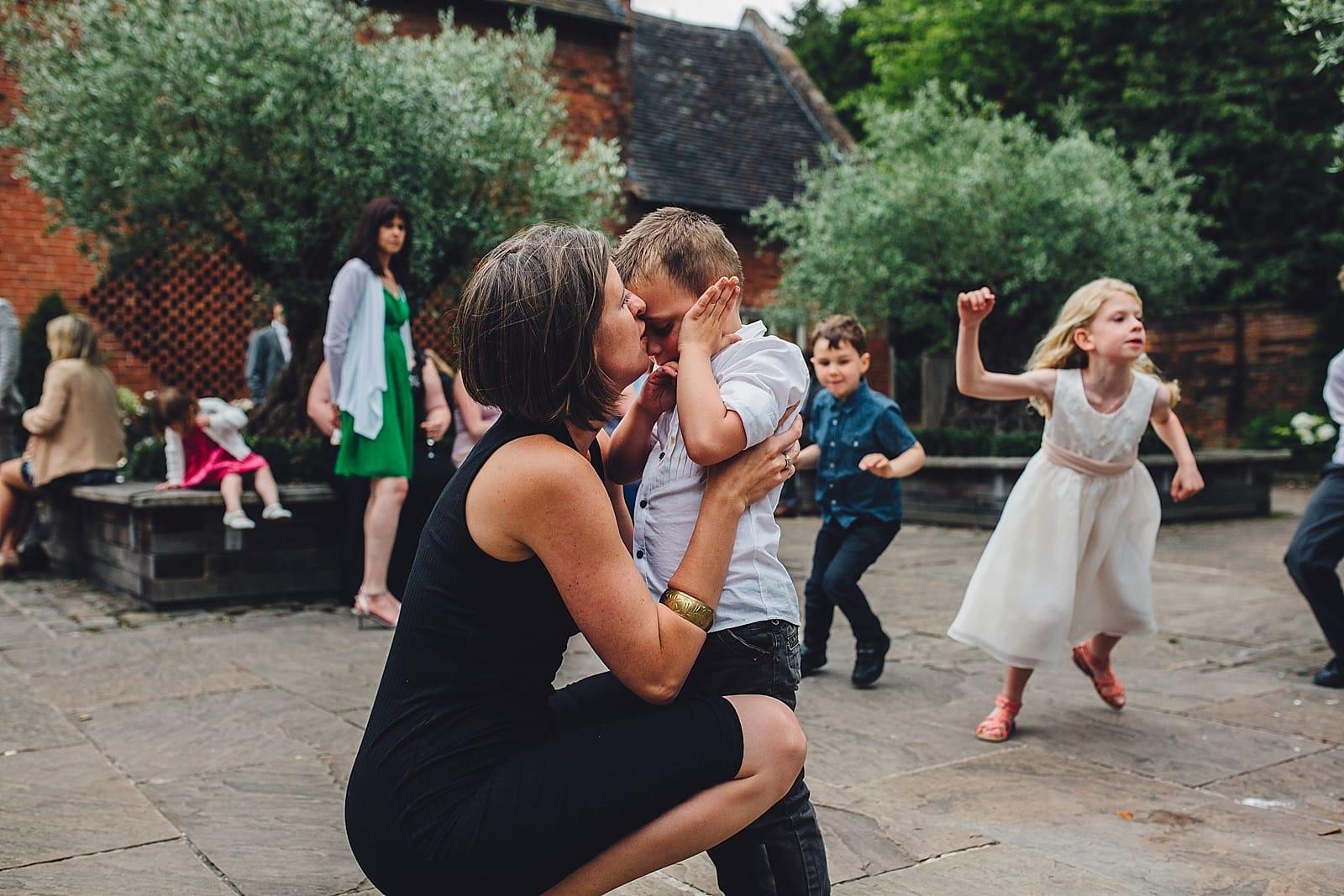 shustoke-barn-wedding-photography_0070
