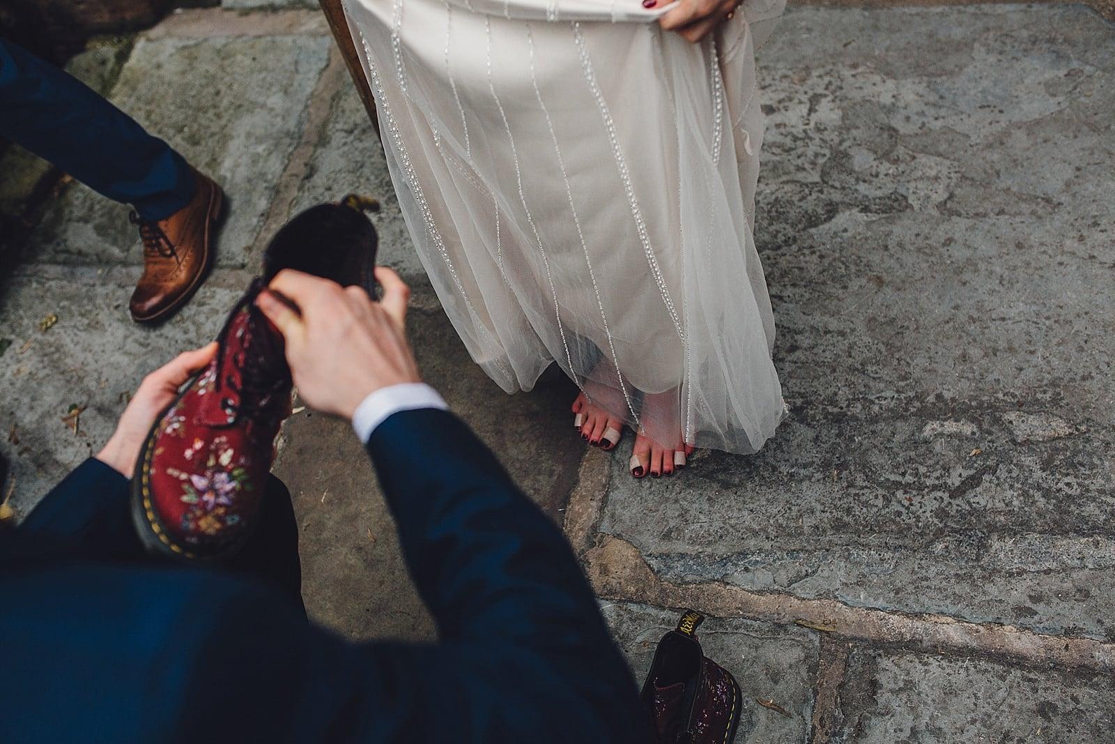shustoke-barn-wedding-photography_0072