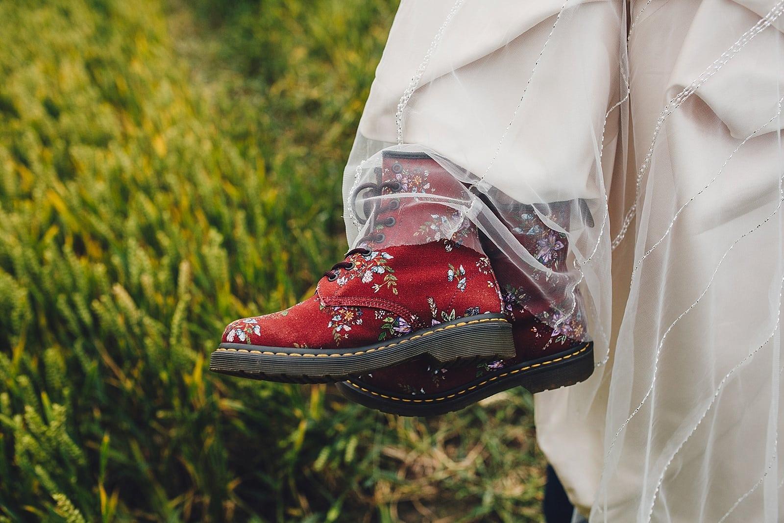 shustoke-barn-wedding-photography_0076