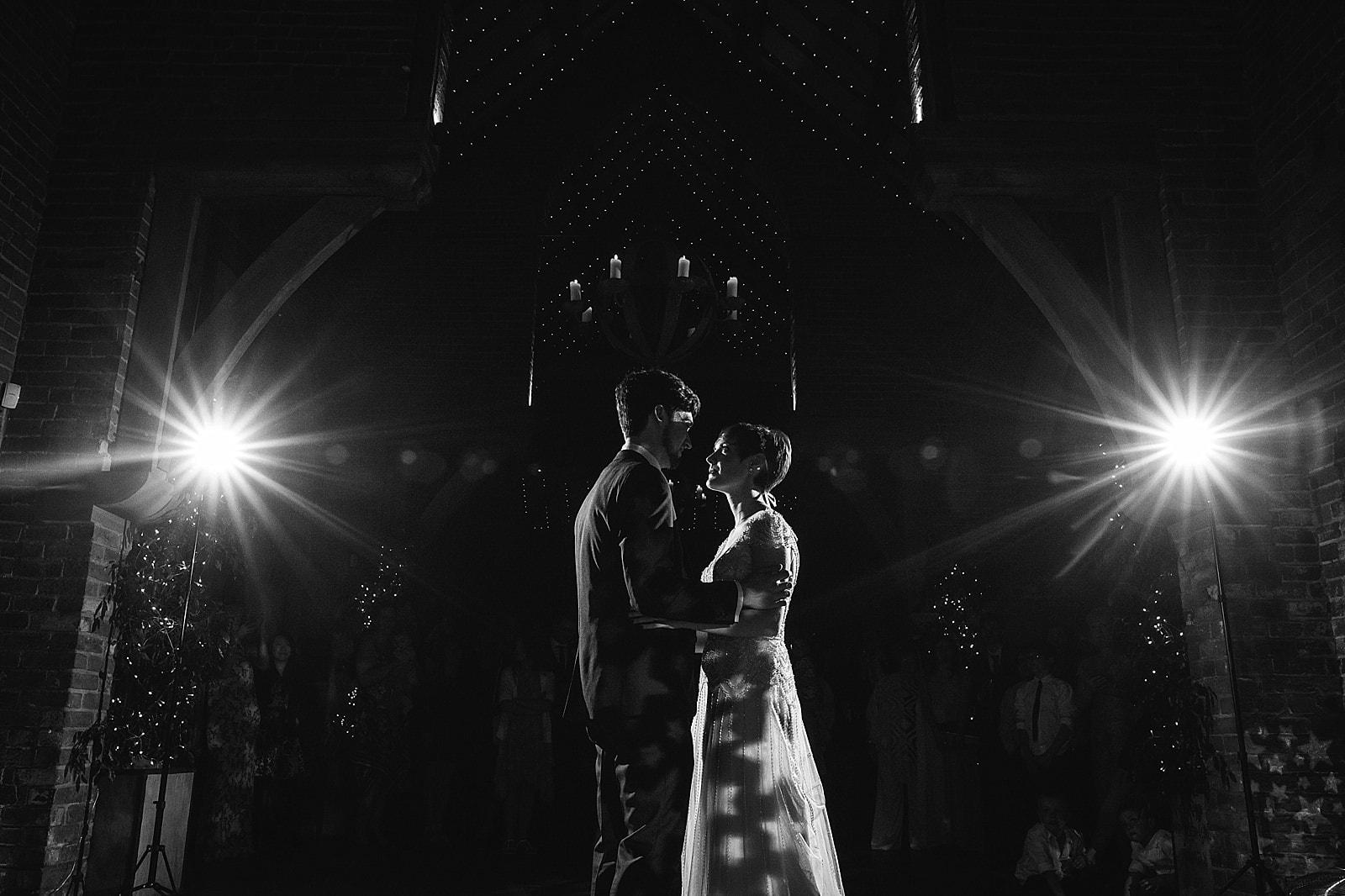 shustoke-barn-wedding-photography_0080