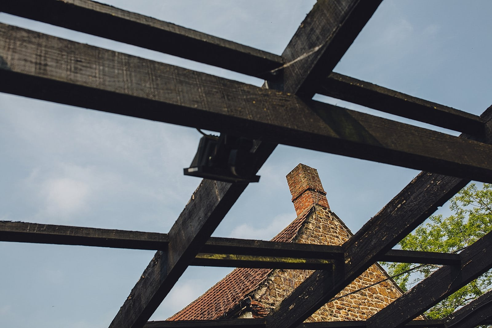 dovecote-barn-wedding-photography-adderbury_0002