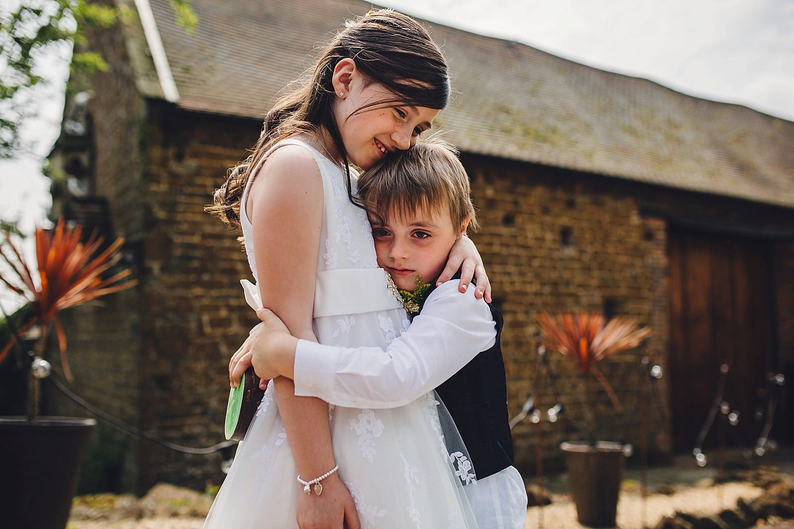 dovecote-barn-wedding-photography-adderbury_0017