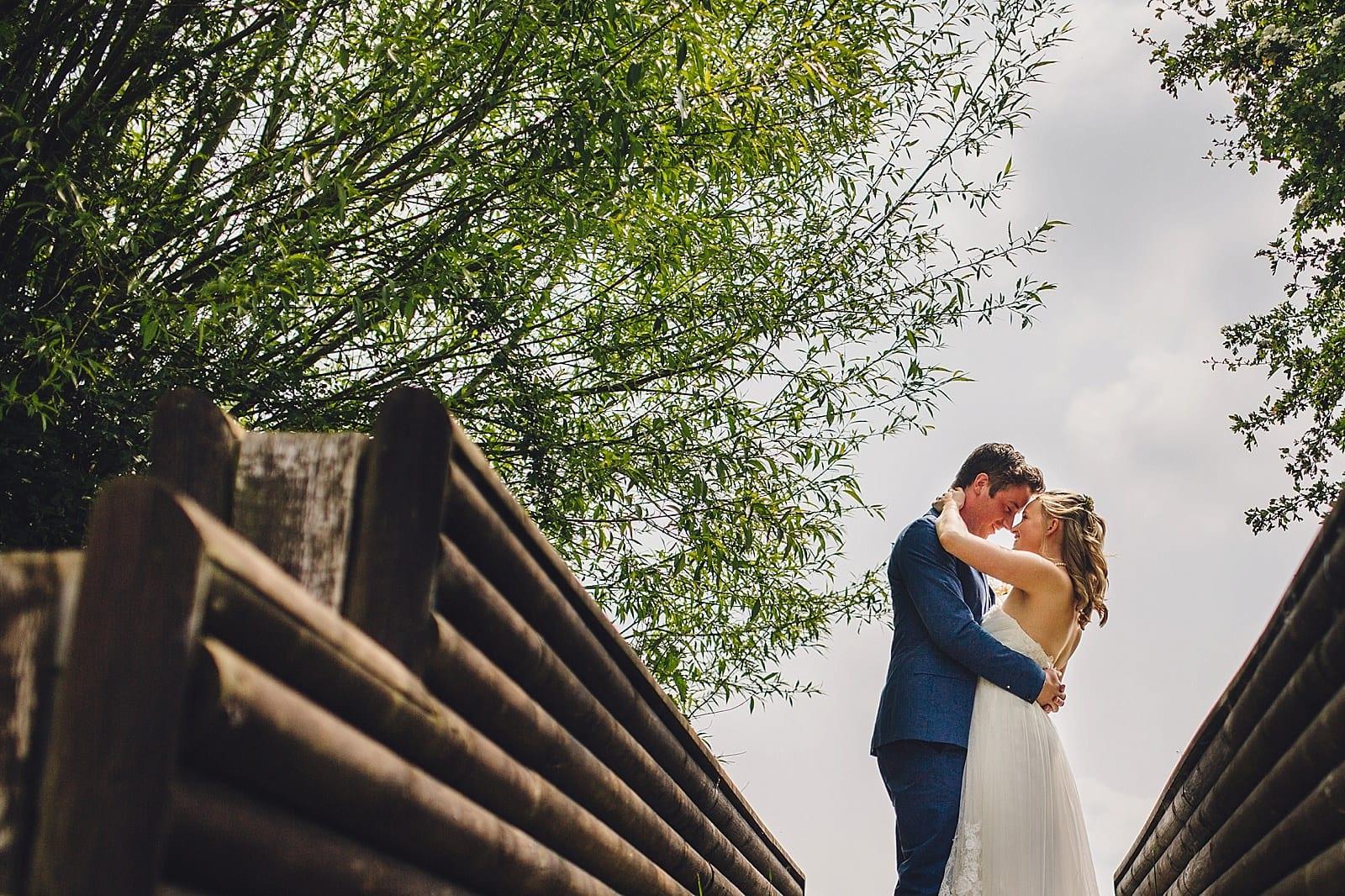 dovecote-barn-wedding-photography-adderbury_0026