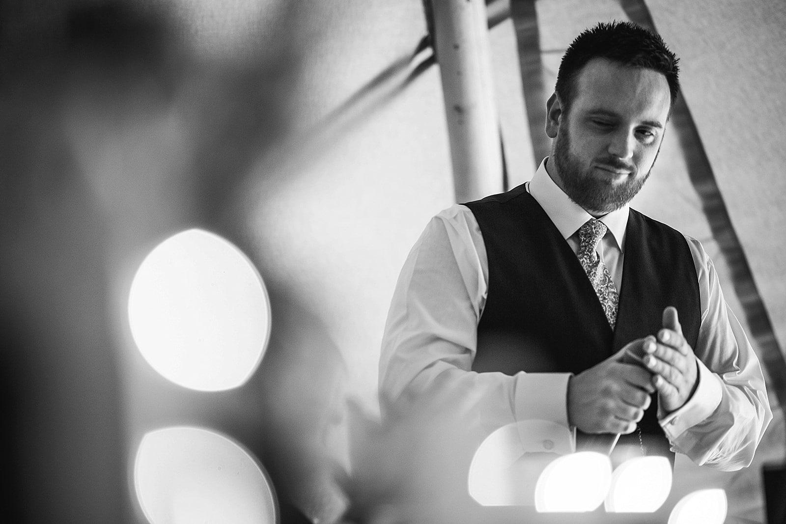 dovecote-barn-wedding-photography-adderbury_0055