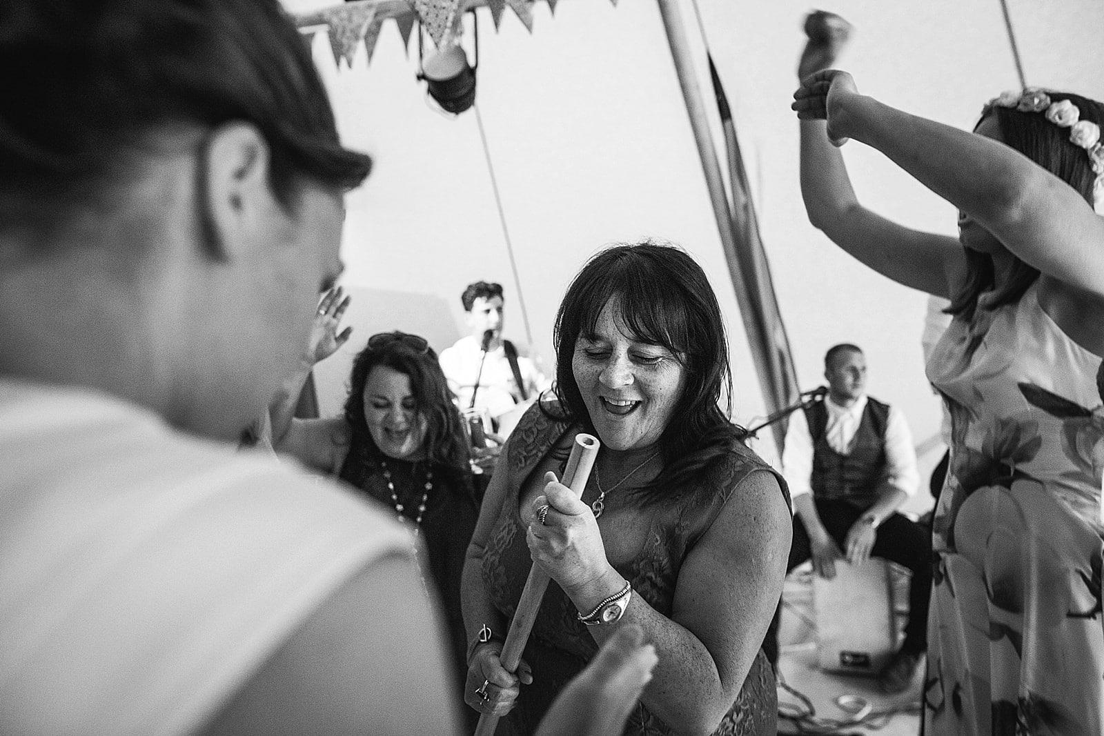 dovecote-barn-wedding-photography-adderbury_0070