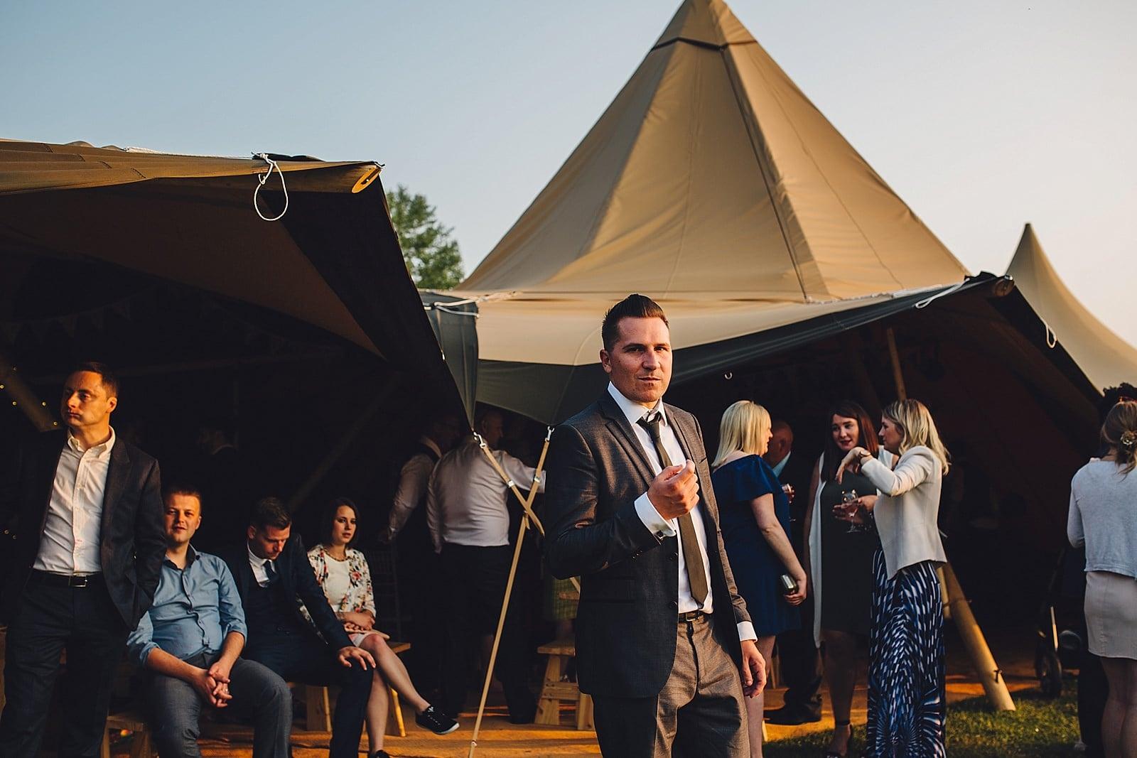 dovecote-barn-wedding-photography-adderbury_0074