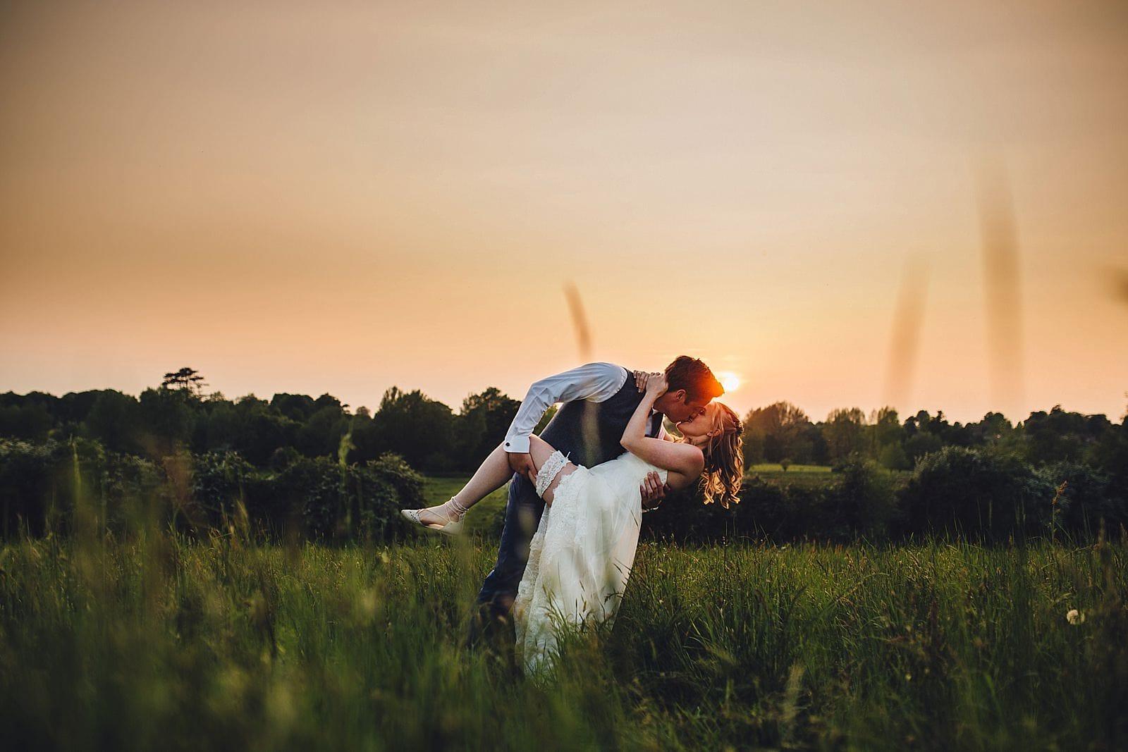 dovecote-barn-wedding-photography-adderbury_0078