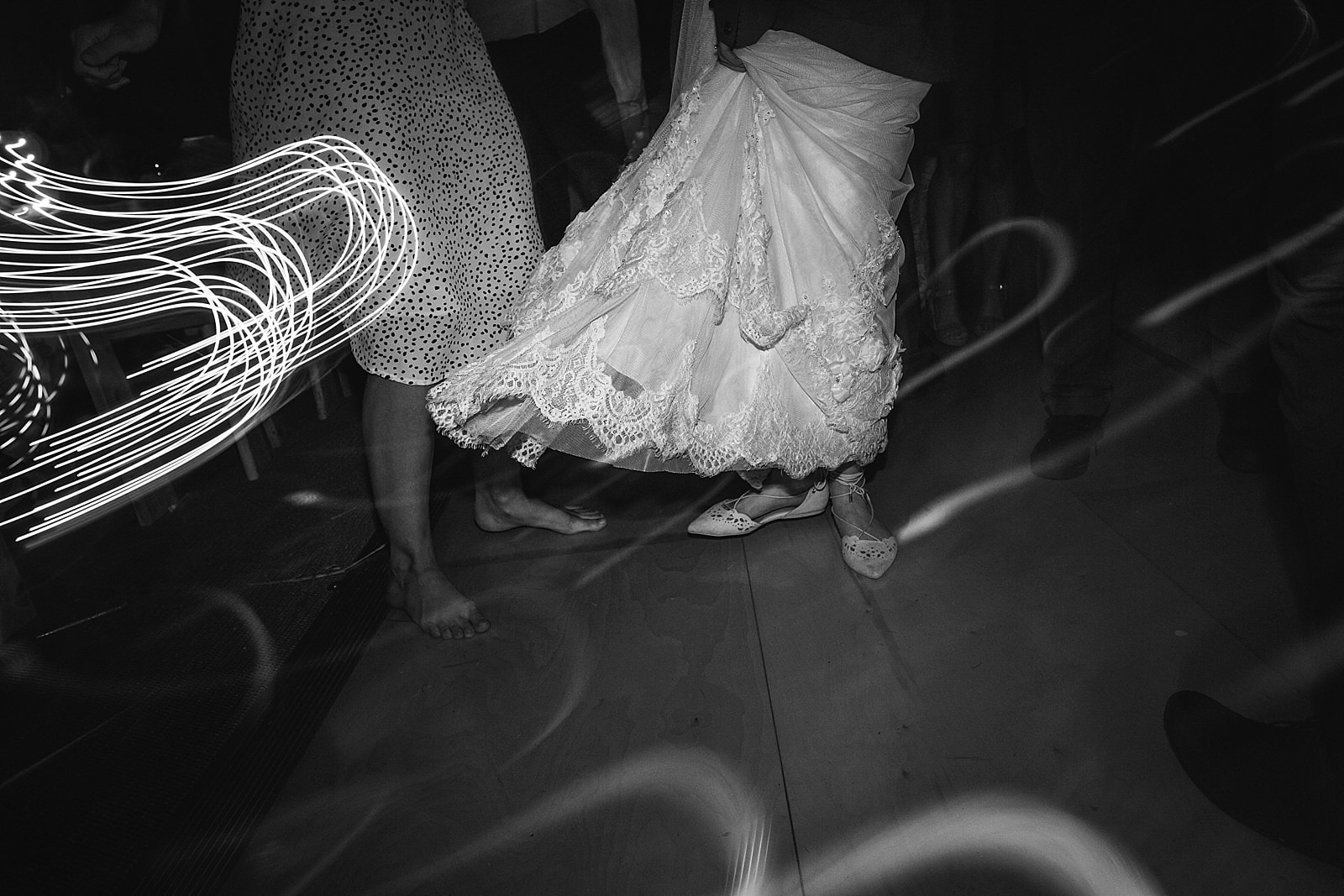 dovecote-barn-wedding-photography-adderbury_0086