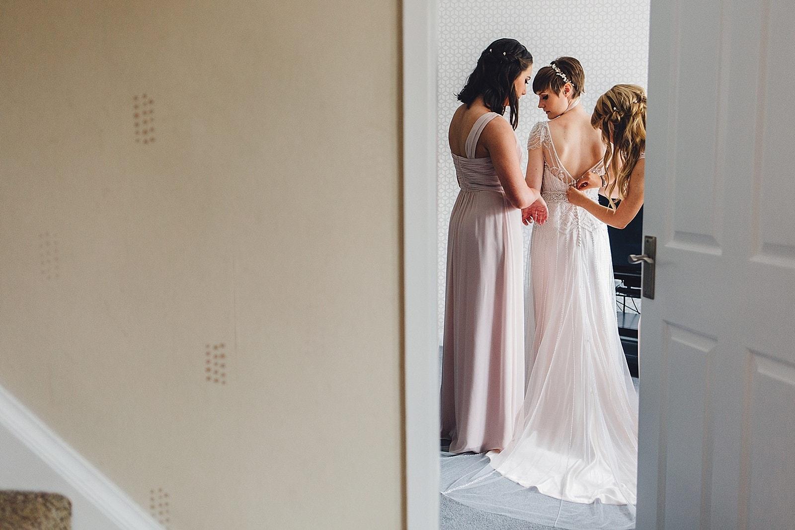 shustoke-barn-wedding-photography_0023