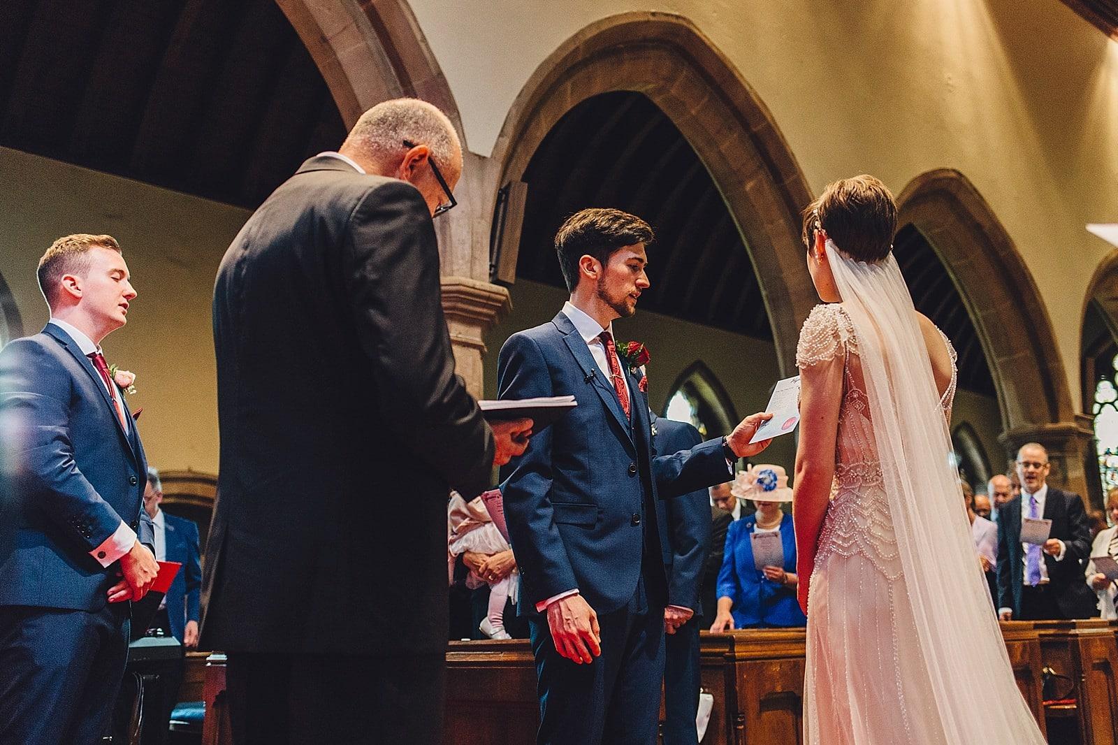 shustoke-barn-wedding-photography_0032