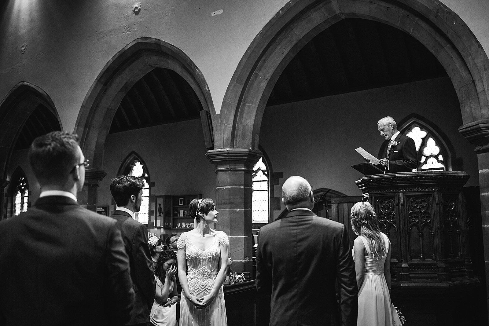 shustoke-barn-wedding-photography_0035