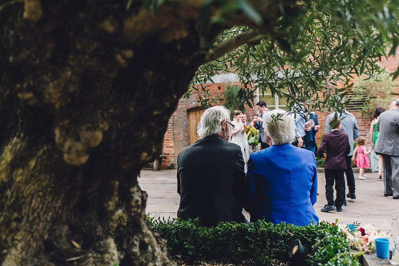 shustoke-barn-wedding-photography_0041