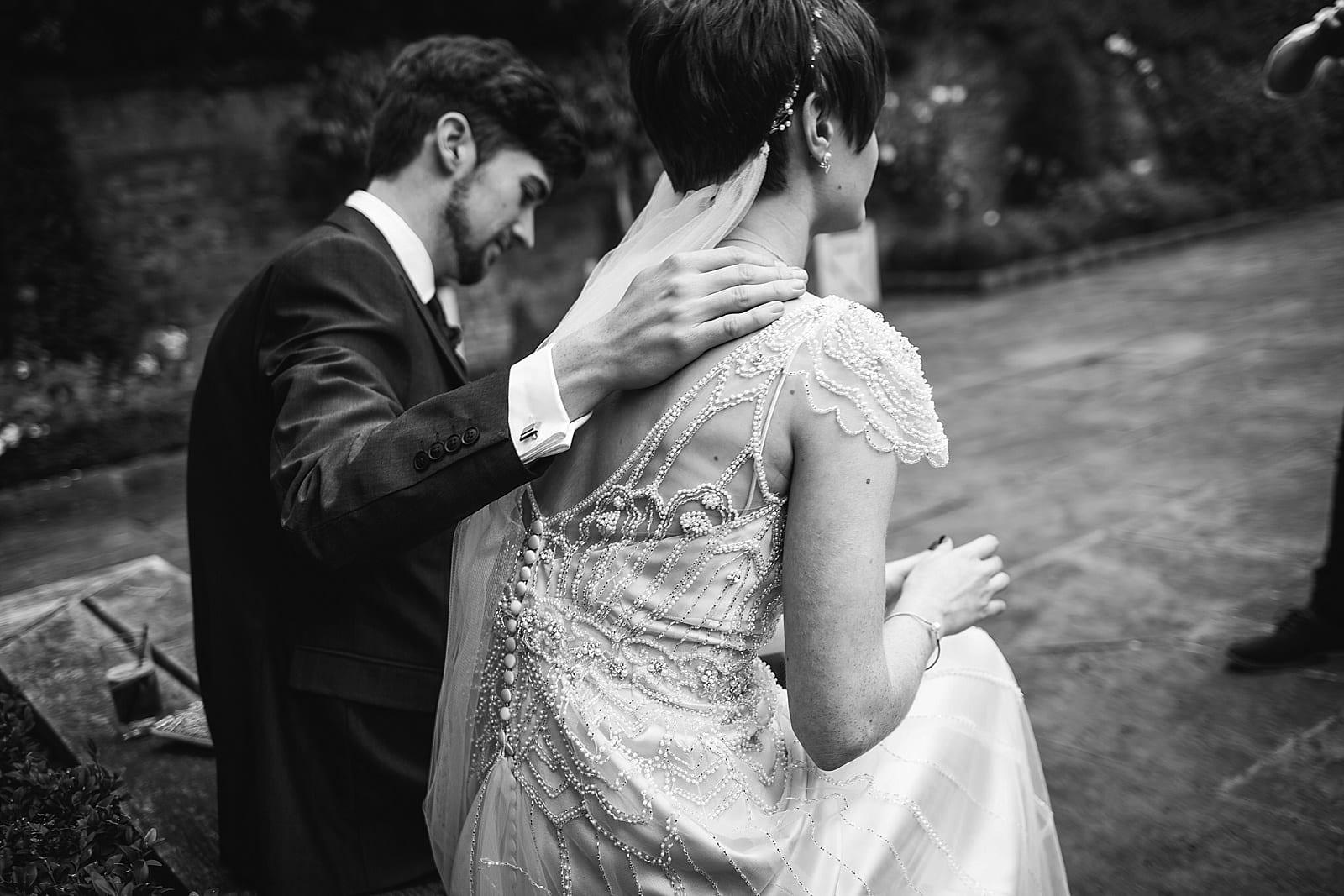 shustoke-barn-wedding-photography_0042