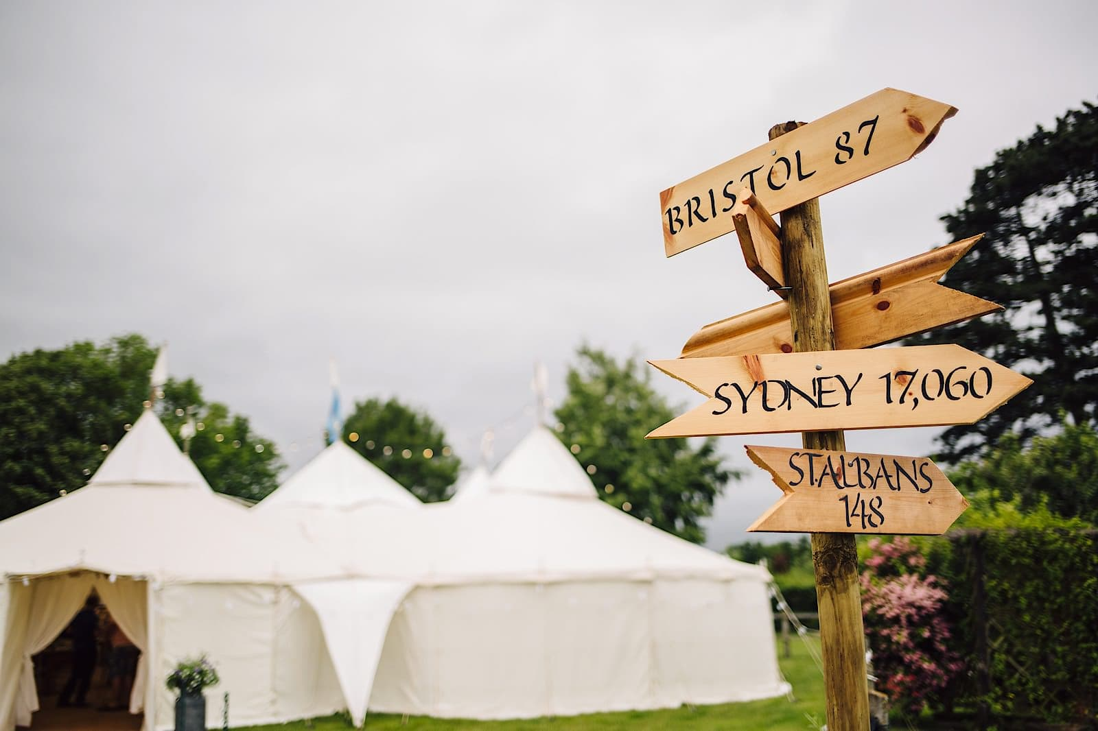 garden-marquee-wedding056