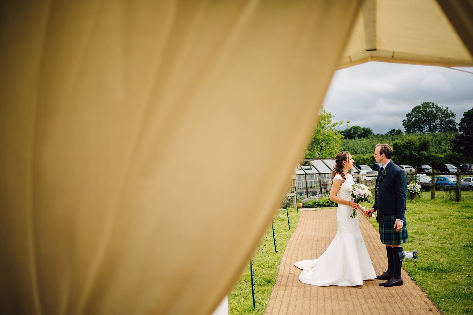 garden-marquee-wedding073