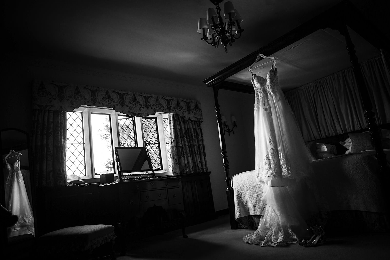 great-fosters-surrey-wedding-photography026