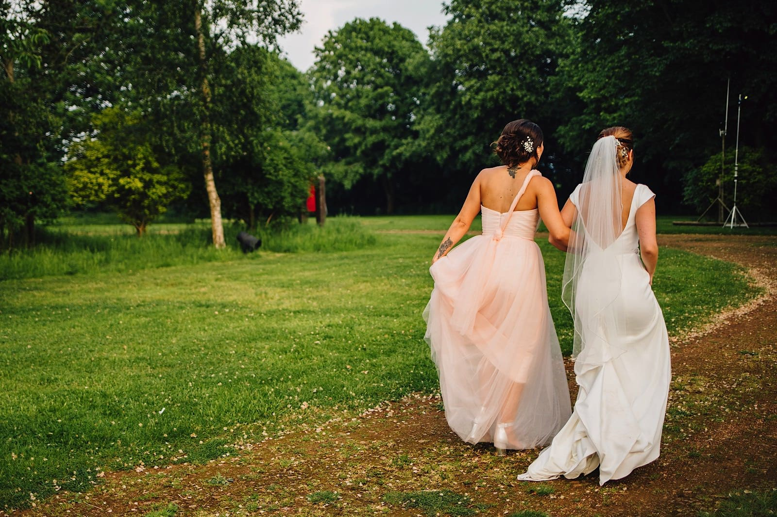 Dovecote barn adderbury wedding photography 098